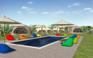 水泳プールとテント