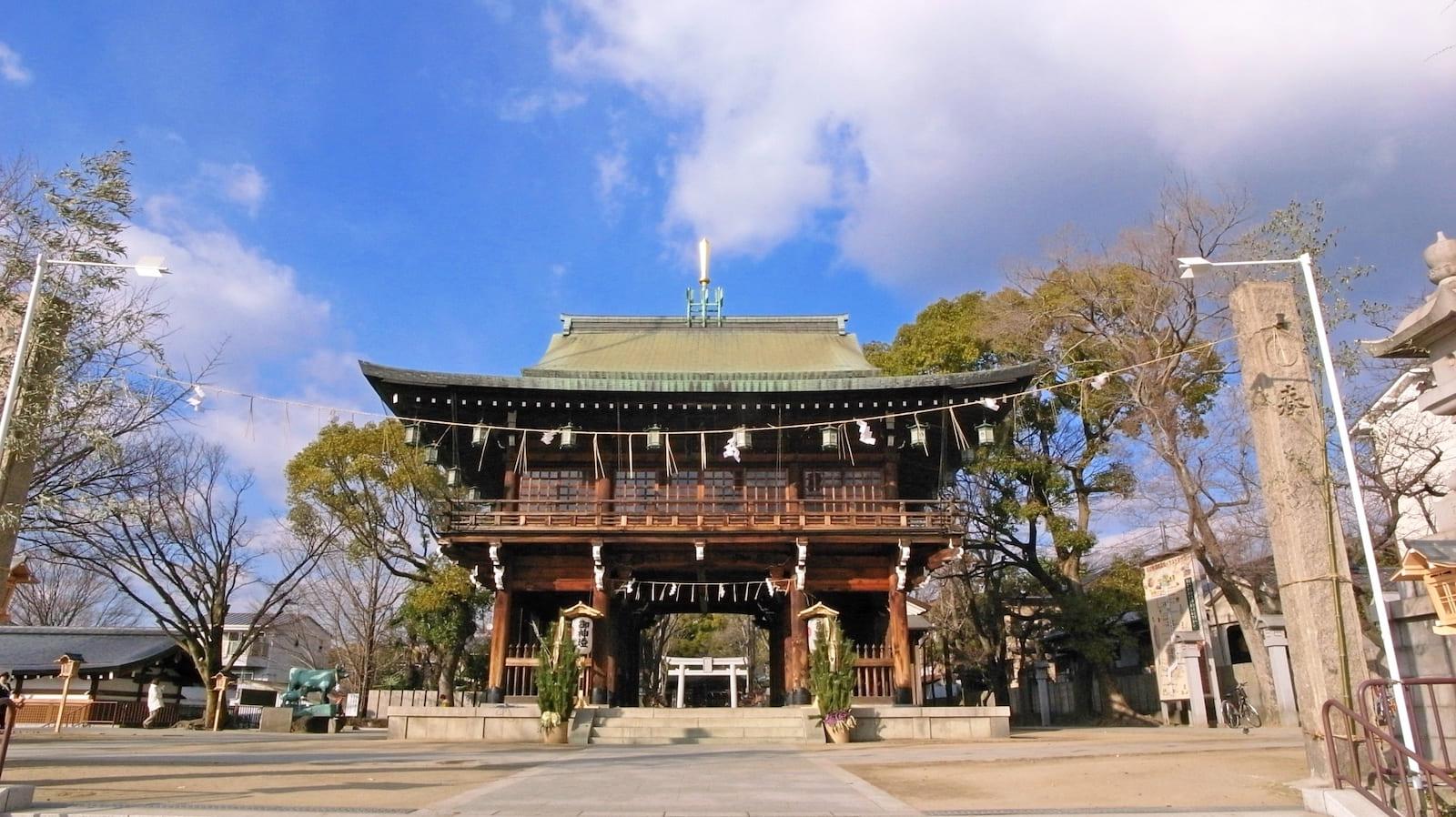 街歩きをして歴史を学びながら謎解きゲームはいかが?東大阪市の石切劔箭神社で歴史リアル謎解きゲーム